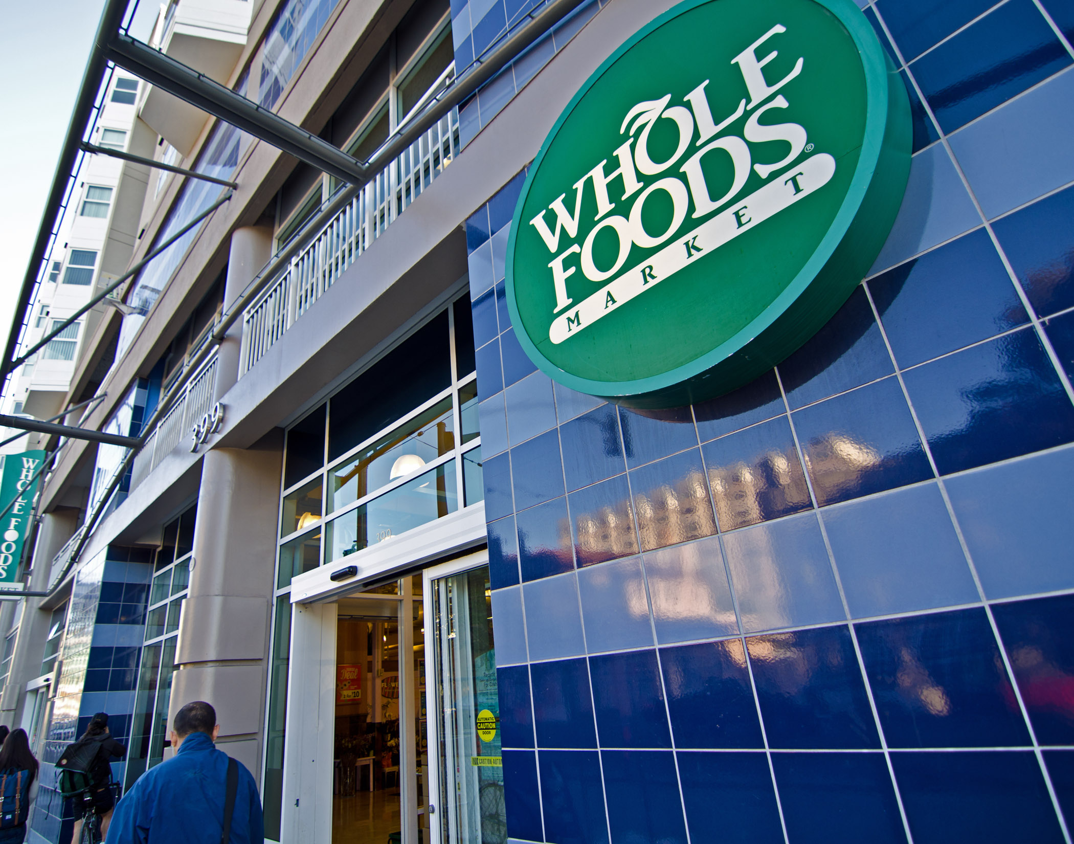 organization background wholefoods inc Whole foods market, inc is the largest natural-foods grocer in the united states it is also one of the business world's most radical experiments in democratic capitalism.